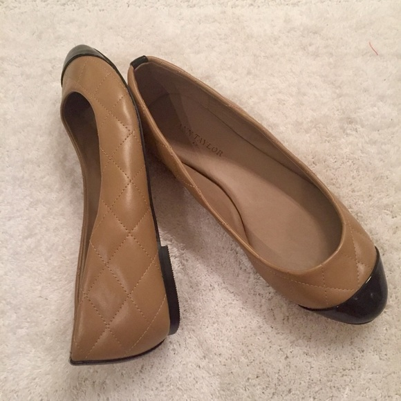 f83e17aef9b4 Ann Taylor Shoes - New Ann Taylor Neutral Quilted Flats 6